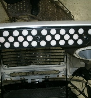 FITS:  ENGINE PRE-FILTER FOR CENTURY-FREIGHTLINER ENGINE 1997-UP – PART NO. 6000E
