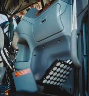 FITS:  CONVENTIONAL INTERIOR 1998 1/2 to 2009 – PART NO. 19900